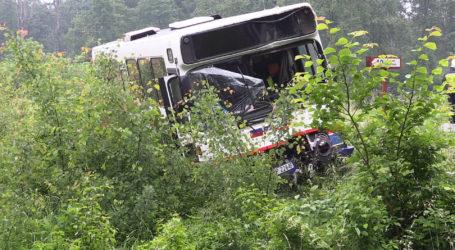 Wypadek 2 autobusów na krajowej 10