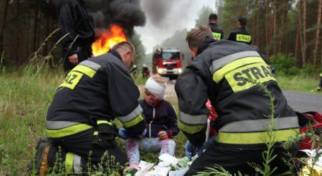 Zderzyły się trzy pojazdy – ćwiczenia straży pożarnej