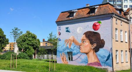 Nowy mural w Pile