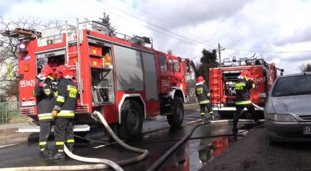 Pożar w Wyrzysku. Mężczyzna trafił do szpitala