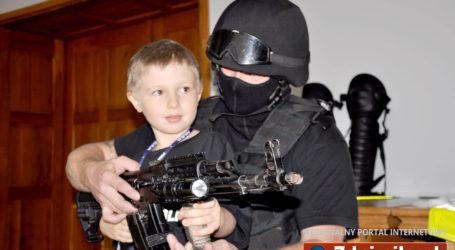 6-letni Adaś został policjantem
