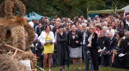 Powiatowe dożynki znów zawitały do Białośliwia