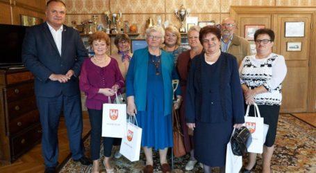 Mieszkańcy Osieka z wizytą u starosty