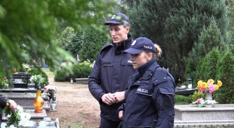 Policja patroluje pilskie cmentarze