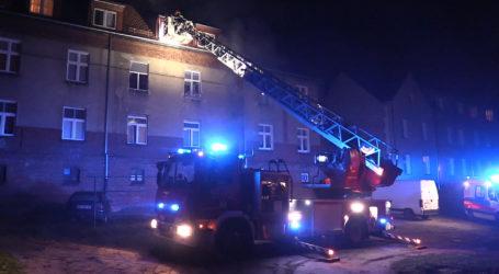 Pożar na Staromiejskiej. Kilkanaście osób ewakuowanych