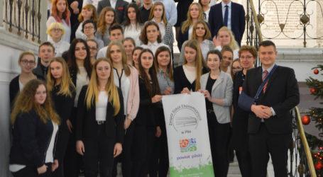 Uczniowie pilskiego ZSE w Warszawie
