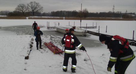Zamarznięte akweny – strażacy apelują o zachowanie bezpieczeństwa