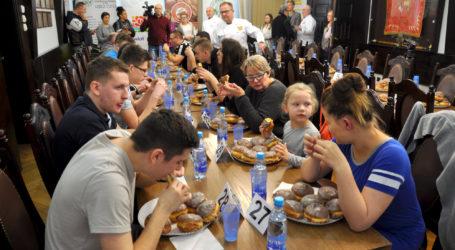 III Mistrzostwa Piły w jedzeniu pączków