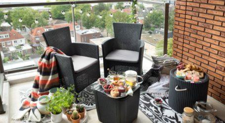 Jak funkcjonalnie urządzić mały balkon?
