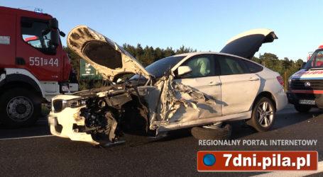 BMW poważnie zniszczone po wypadku na obwodnicy