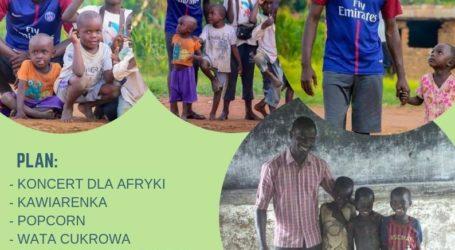 Piła pomaga w budowie sierocińca w Ugandzie