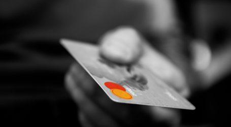 Skradzioną kartą bankomatową płacił za zakupy
