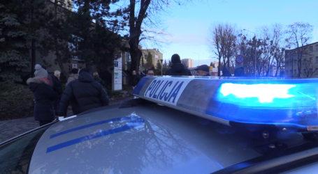 Policjanci zatrzymali 16-letnich sprawców fałszywego alarmu bombowego
