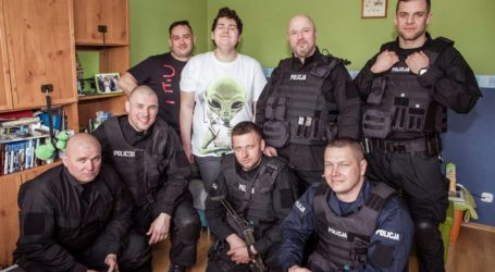 Policjanci odwiedzili Jakuba