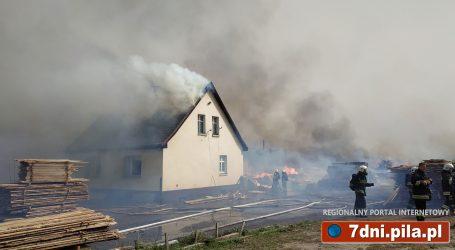 Potężny pożar w Brzostowie