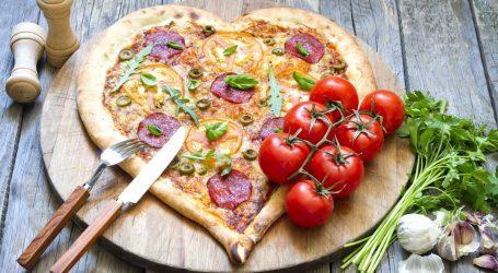 Coś pysznego na Dzień Mamy? Przygotuj pizzę w kształcie serca