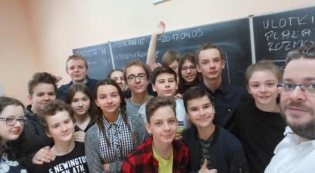 Uczniowie stworzyli szkolny radiowęzeł